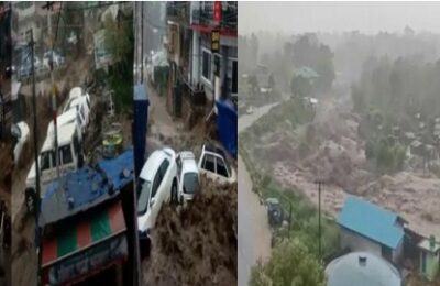 Cloud burst in Bhagsu of Dharamsala, strong water flow on the road, vehicles washed away in the parking lot, heavy damage to many hotels