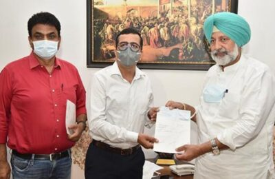 P&G India hands over Rs 1 crore check to Balbir Singh Sidhu for CM Covid-19 Relief Fund
