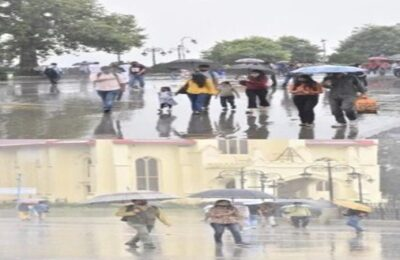 Himachal Pradesh Weather News Heavy rain alert in Himachal Pradesh for three days, advice to stay away from rivers and streams