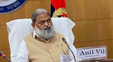 Clerk arrested for leaking confidential documents from Haryana Home Minister Anil Vij's office