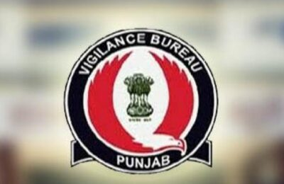 Punjab Vigilance Bureau accepts bribe of Rs 30,000 from A.S.I. Squeezed with dyed hands