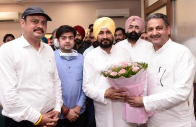 Vijay Inder Singla takes over as Minister for Public Works and Governance Reforms